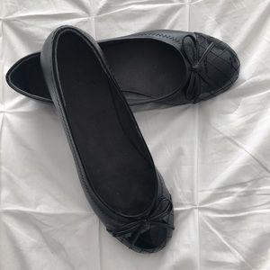 Women's shoes, size 9